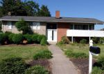 Foreclosed Home en WINSTON AVE, Colonial Heights, VA - 23834