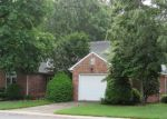 Foreclosed Home en LAKEMERE DR, Richmond, VA - 23234