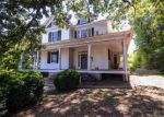 Foreclosed Home en BEDFORD AVE, Altavista, VA - 24517