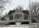Foreclosed Home en W 3RD ST, Oconomowoc, WI - 53066