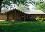 Foreclosed Home en W FIR ST, Rogers, AR - 72758