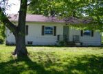 Foreclosed Home en COUNTY FARM RD, Salem, IL - 62881