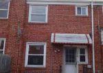 Foreclosed Home en EWALD AVE, Dundalk, MD - 21222