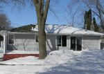 Foreclosed Home en BAY SHORE DR NW, Isanti, MN - 55040