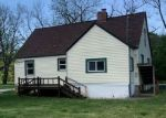Foreclosed Home en PINE GROVE RD, Willow Springs, MO - 65793