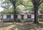 Foreclosed Home en SENTINEL DR, Moss Point, MS - 39562