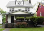 Foreclosed Home en MARTIN LUTHER KING JR DR, Cleveland, OH - 44104