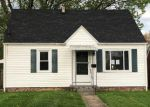 Foreclosed Home en GILBERT AVE NE, Canton, OH - 44705