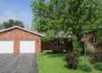 Foreclosed Home in GREENFIELD DR, Findlay, OH - 45840