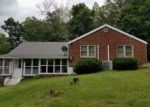Foreclosed Home en OLD BERWICK RD, Drums, PA - 18222