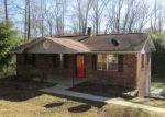 Foreclosed Home en HILLCREST CIR, Decatur, TN - 37322