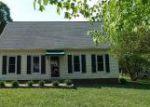 Foreclosed Home en N WAGSTAFF CIR, Richmond, VA - 23236