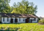 Foreclosed Home en N HARRINGTON RD, West Richland, WA - 99353