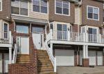Foreclosed Home en TIMBER RIDGE CT, Waukesha, WI - 53189