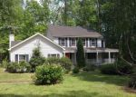 Foreclosed Home en BEECHWOOD DR, Weems, VA - 22576