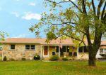 Foreclosed Home en WALNUT DR, Fredericksburg, VA - 22405