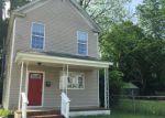 Foreclosed Home en 28TH ST, Newport News, VA - 23607