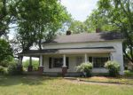 Foreclosed Home en OAK GARDEN DR, Kernersville, NC - 27284