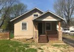 Foreclosed Home en S 45TH ST, Kansas City, KS - 66106