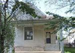 Foreclosed Home en W ADAMS ST, Taylorville, IL - 62568