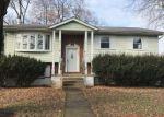 Foreclosed Home en E PLANE ST, Hackettstown, NJ - 07840