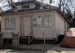 Foreclosed Home en VAN COTT AVE, Hempstead, NY - 11550