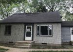 Foreclosed Home en N 13TH ST, Montevideo, MN - 56265