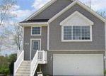 Foreclosed Home en SUNFLOWER CIR, Clarkston, MI - 48346