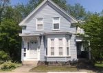 Foreclosed Home en HUMPHREY ST, Lowell, MA - 01850