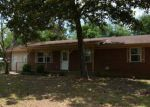 Foreclosed Home en SKYLINE DR, Crestview, FL - 32539