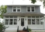 Foreclosed Home en E 40TH ST, Wilmington, DE - 19802