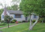 Foreclosed Home en PARMELEE HILL RD, Durham, CT - 06422