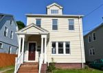 Foreclosed Home en ALENIER ST, Hamden, CT - 06514