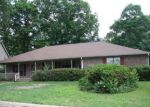 Foreclosed Home en WOODBROOK DR, Little Rock, AR - 72211