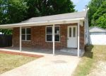 Foreclosed Home en SUNNYDALE DR, Springdale, AR - 72764