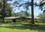 Foreclosed Home en HONEYSUCKLE RD, Dothan, AL - 36305