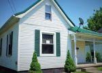 Foreclosed Home en POPLAR ST, Georgetown, KY - 40324