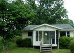 Foreclosed Home en REYNOLDS AVE, Surgoinsville, TN - 37873