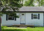 Foreclosed Home en LAKEWOOD ST, Clinton Township, MI - 48035