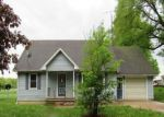 Foreclosed Home en E ORCHARD ST, Delton, MI - 49046