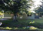 Foreclosed Home en SW 10TH DR, Okeechobee, FL - 34974