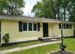 Foreclosed Home en SMALLEY AVE, Mishawaka, IN - 46544