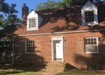 Foreclosed Home en SKYLINE DR, Suitland, MD - 20746
