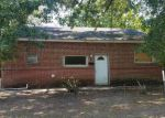 Foreclosed Home en E LAUREL AVE, Hattiesburg, MS - 39401
