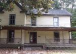Foreclosed Home en OAK ST, Blackstone, VA - 23824