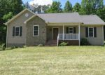 Foreclosed Home en DILLONS MILL RD, Callaway, VA - 24067