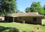 Foreclosed Home en THELMA ST, Longview, TX - 75604