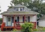 Foreclosed Home en VALLEY ST, Blackstone, MA - 01504