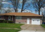 Foreclosed Home en W 38TH ST, Lorain, OH - 44053
