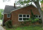 Foreclosed Home en E 238TH ST, Euclid, OH - 44117